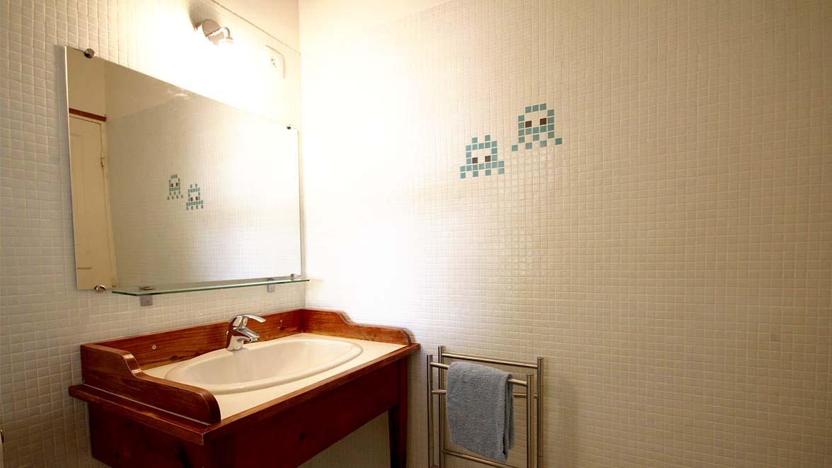 Salle de bain chambre Atlantique - Villa Caraïbes - Location de villas et maisons en Guadeloupe - www.villacaraibes.fr