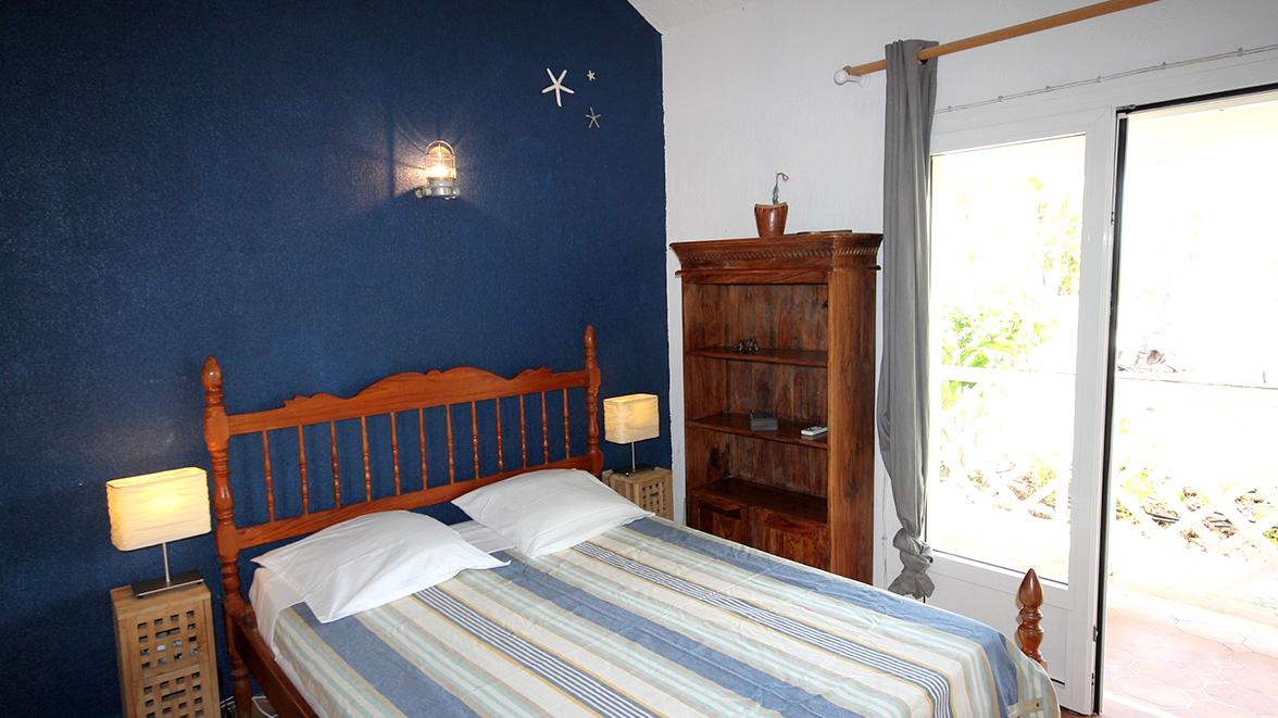 Chambre Atlantique avec salle de bain privative - Villa Caraïbes - Location de villas et maisons en Guadeloupe - www.villacaraibes.fr