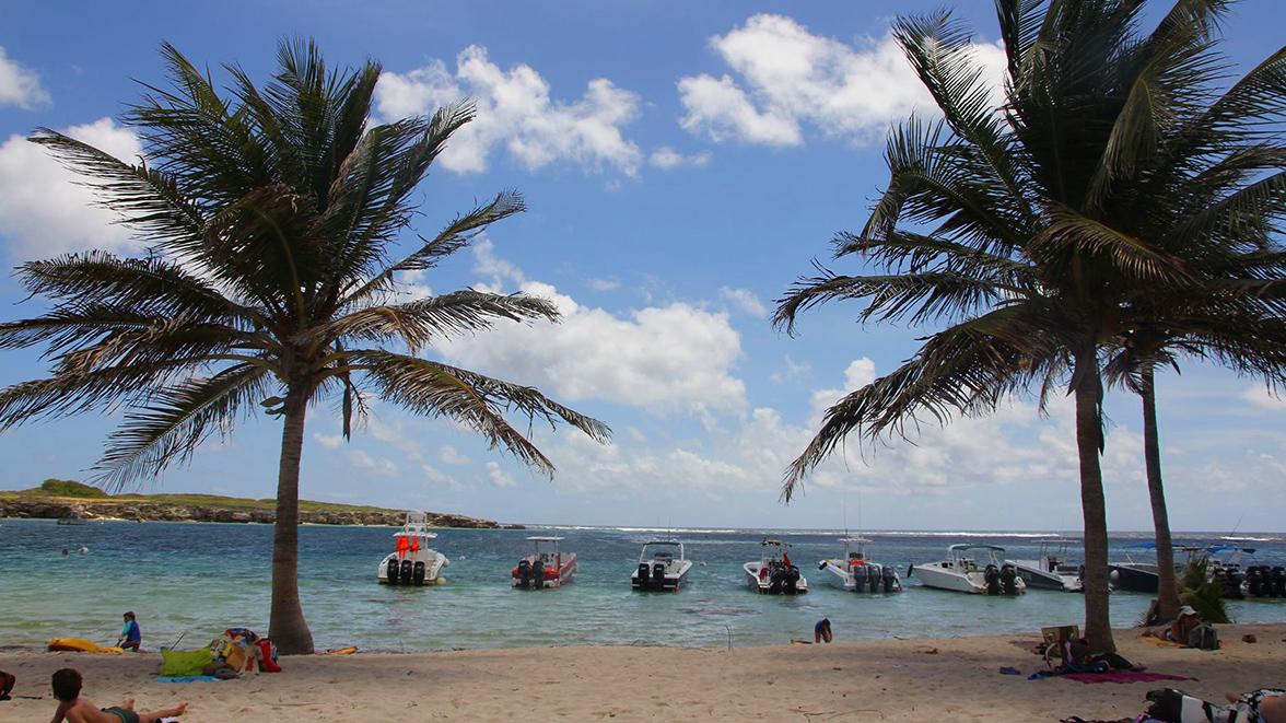Plage de Petite Terre - Guadeloupe - Villas Caraïbes - Location de villas et maisons en Guadeloupe - www.villacaraibes.fr